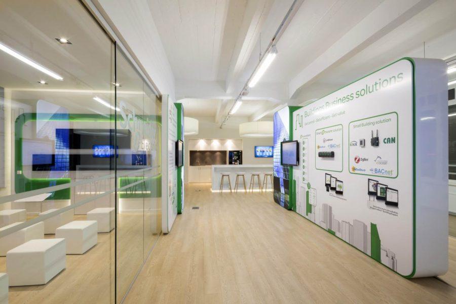 2_Schneider Electric_Showroom2014 1